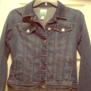 A crop old navy jean jacket denim blue